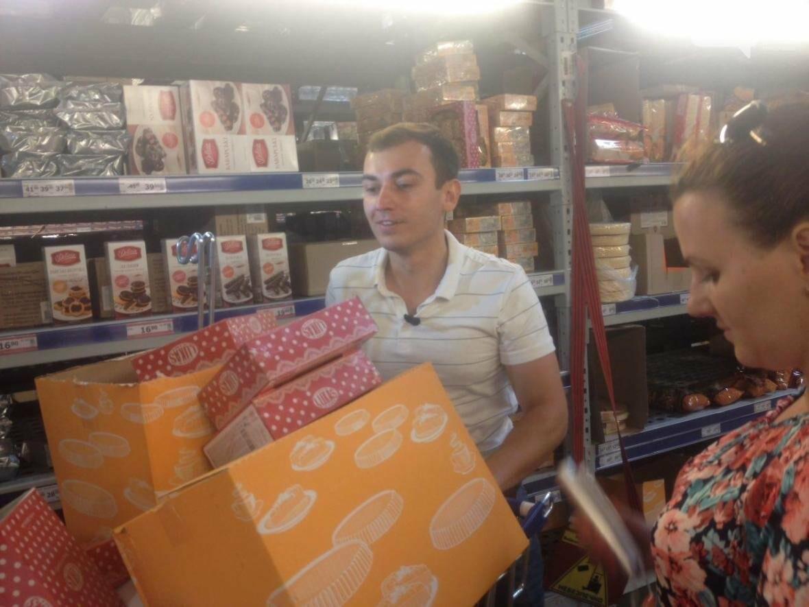 """""""Это просто ужас"""", - """"ревизор"""" со скандалом проверил николаевские супермаркеты и рынок (ФОТОРЕПОРТАЖ, ВИДЕО), фото-1"""