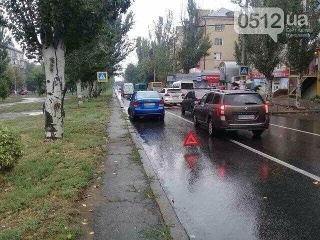 """""""Очередное ДТП на Водопроводной"""": Chevrolet врезался в BMW перед новой разметкой (ФОТО), фото-3"""