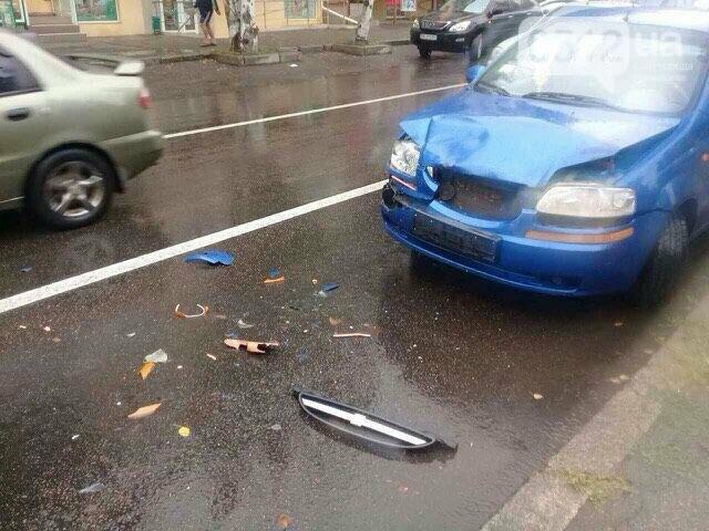 """""""Очередное ДТП на Водопроводной"""": Chevrolet врезался в BMW перед новой разметкой (ФОТО), фото-2"""