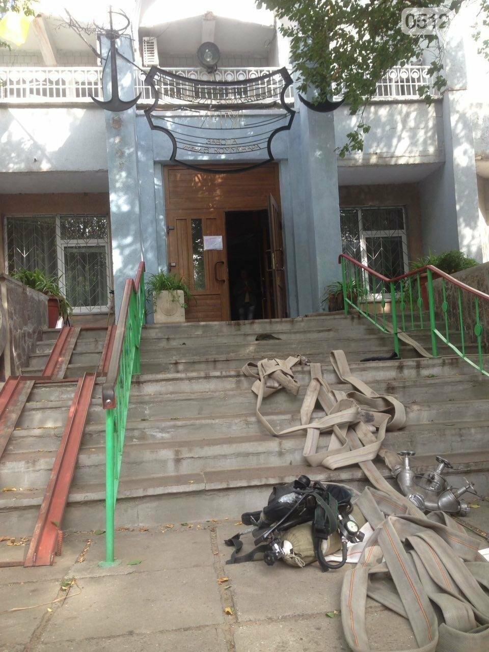 """В Николаеве спасатели эвакуировали людей с 5 этажа санатория """"Ингул"""", - ФОТО , фото-4"""