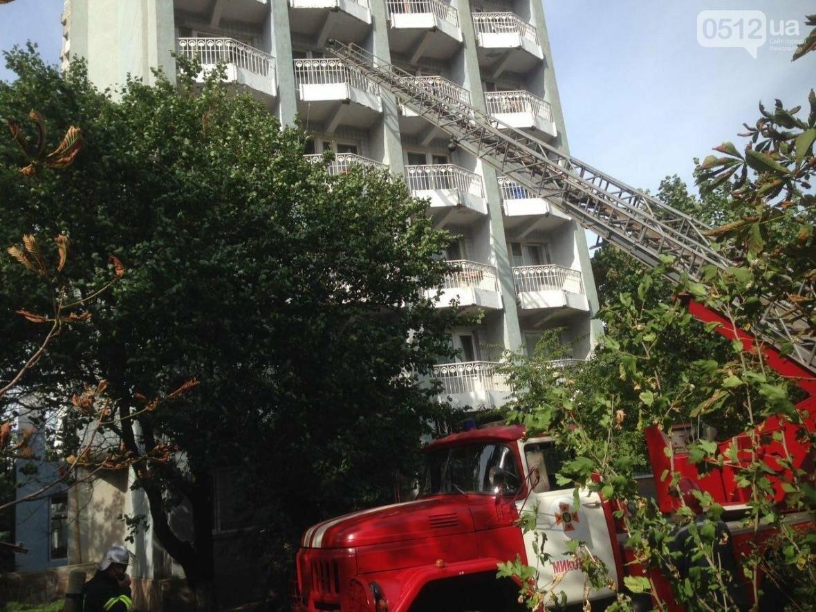 """В Николаеве спасатели эвакуировали людей с 5 этажа санатория """"Ингул"""", - ФОТО , фото-13"""