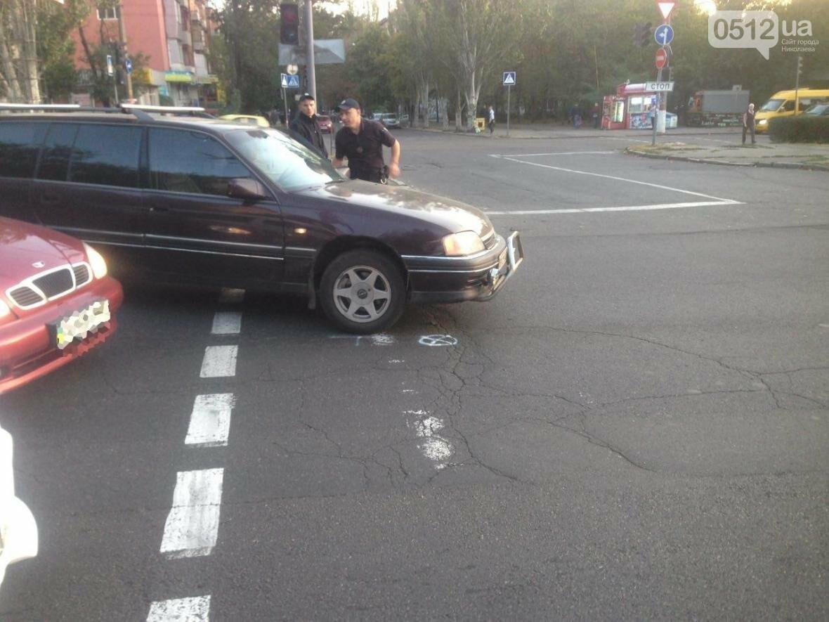 """ДТП в центре Николаева: Opel """"влетел"""" в Peugeot, - ФОТО , фото-11"""