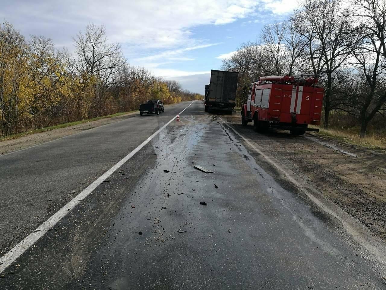На Николаевщине столкнулись две фуры: есть погибший, - ФОТО , фото-1