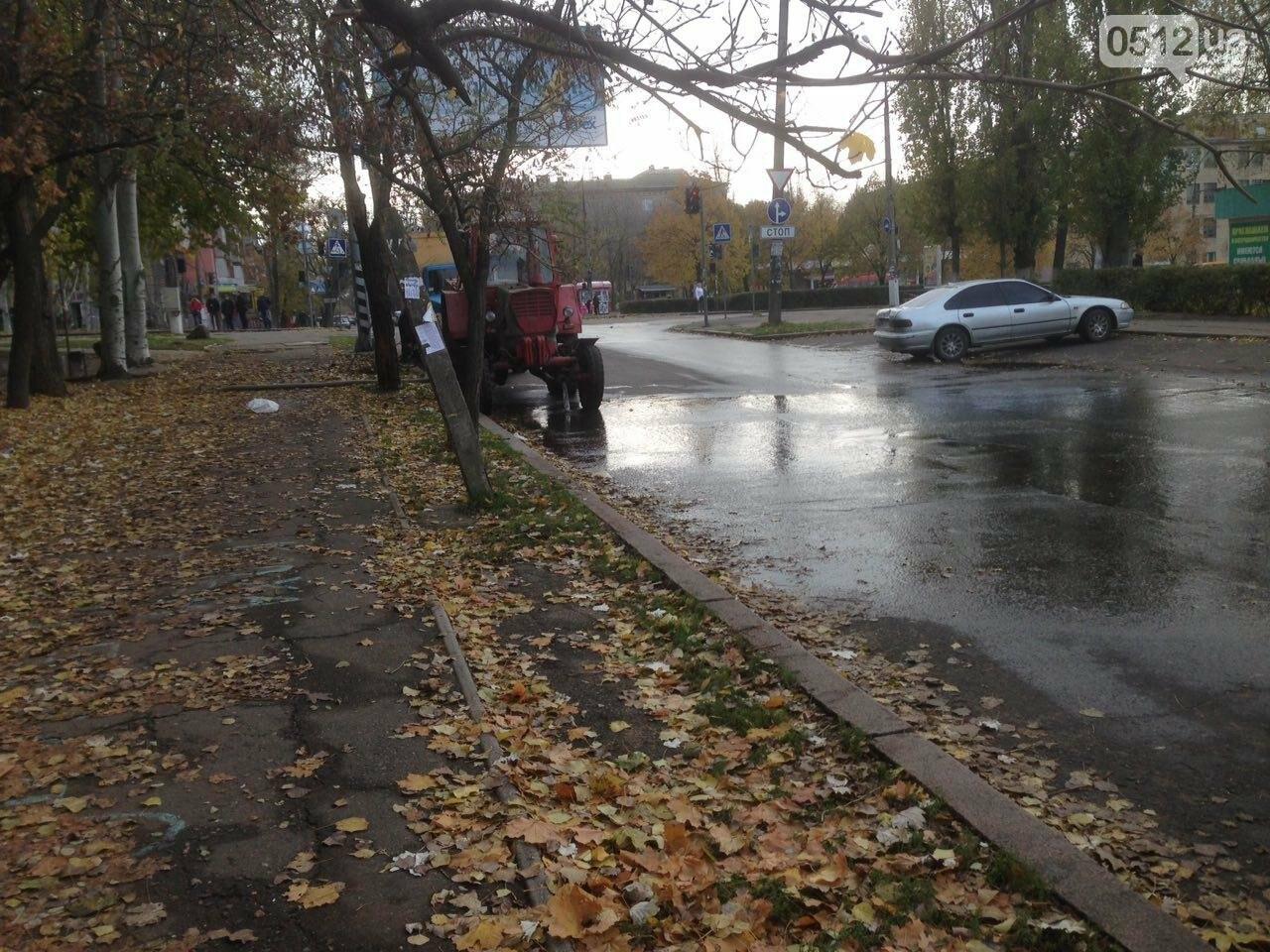 """В Николаеве жилой дом в очередной раз затопило водой - сотрудники """"водоканала"""" разводят руками, фото-3"""
