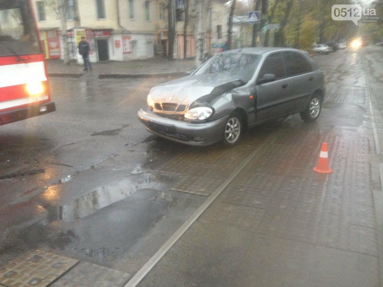 Из-за аварии на ул.Пушкинской центр Николаева стоит в пробке (ФОТО), фото-2