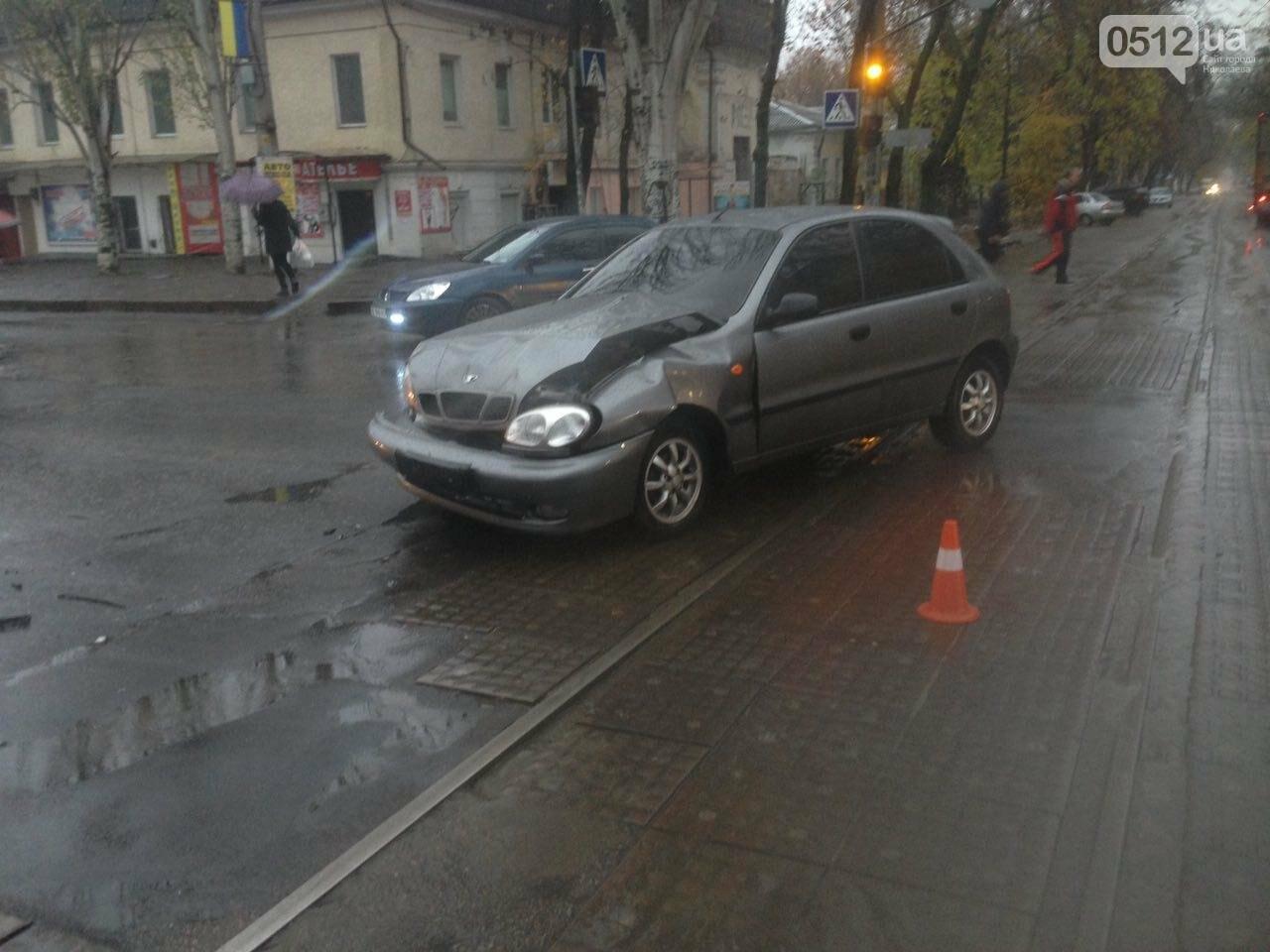 Из-за аварии на ул.Пушкинской центр Николаева стоит в пробке (ФОТО), фото-1