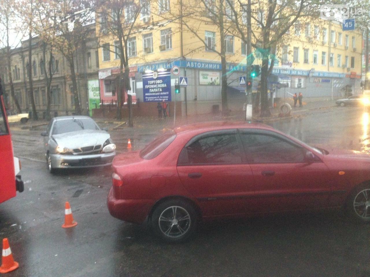 Из-за аварии на ул.Пушкинской центр Николаева стоит в пробке (ФОТО), фото-5