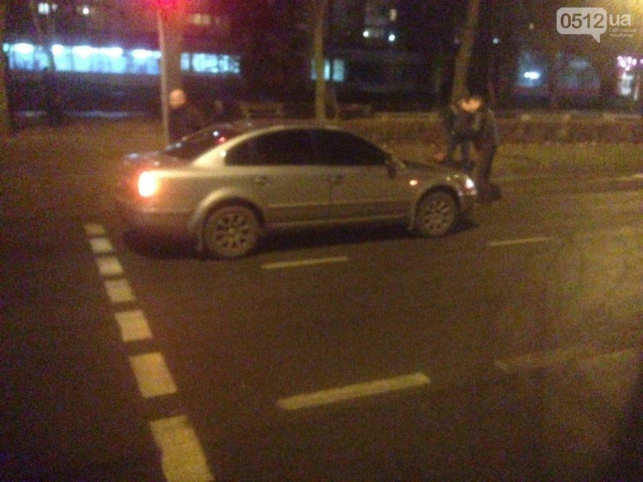 В центре Николаева пьяный военный попал под колеса Volkswagen - его госпитализировали, - ФОТО,ВИДЕО, фото-4