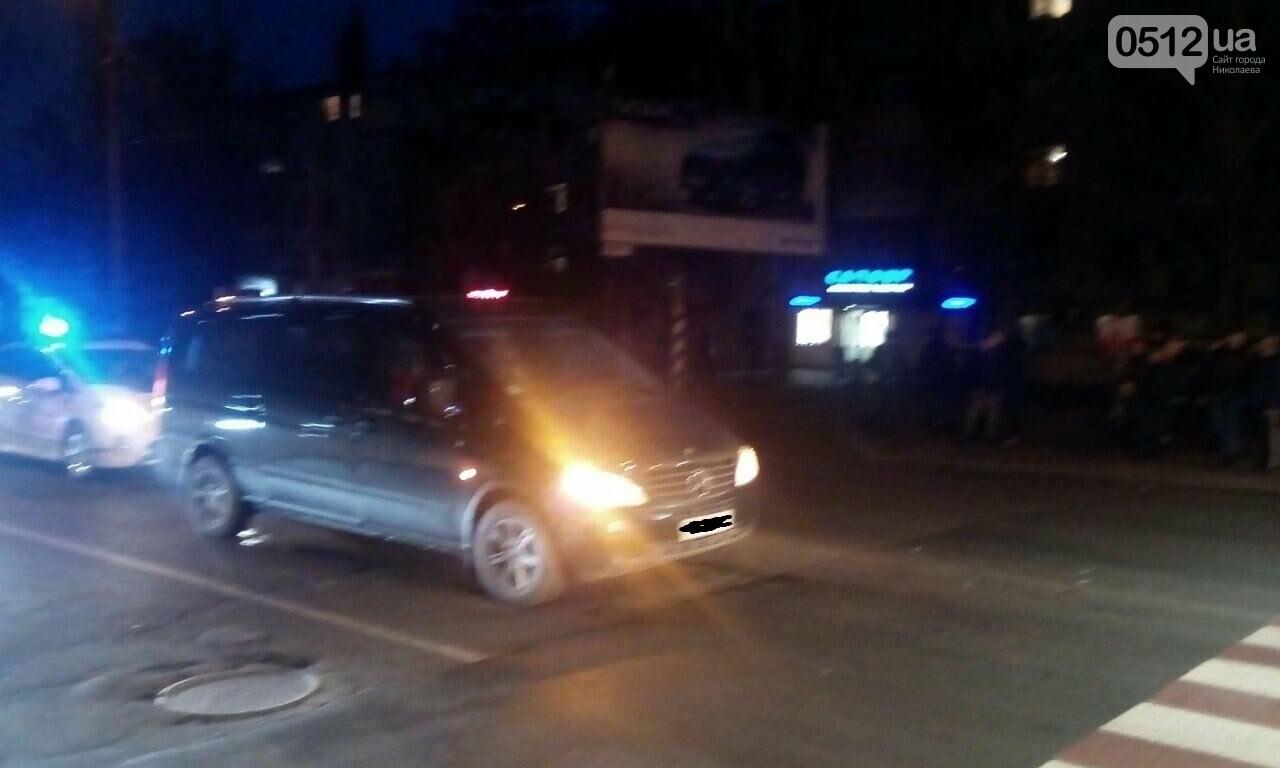"""В Николаеве на пешеходном переходе """"Хюндай"""" сбил женщину с ребенком, ФОТО, ВИДЕО, фото-1"""
