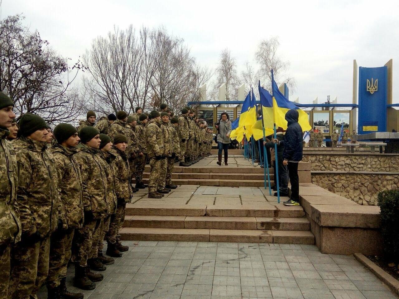 В Николаеве в День Вооруженных сил Украины почтили память погибших воинов АТО, ФОТО, фото-13