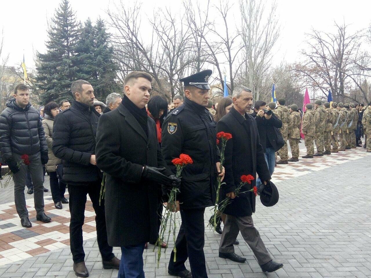 В Николаеве в День Вооруженных сил Украины почтили память погибших воинов АТО, ФОТО, фото-7