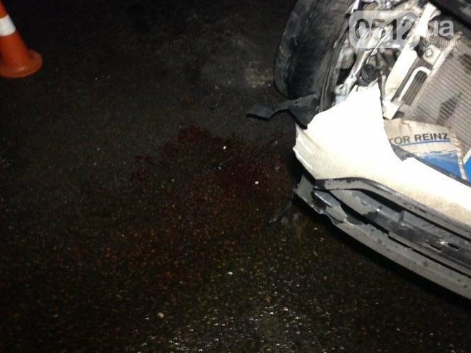 """На въезде в Николаев """"легковушка"""" лоб в лоб столкнулась с грузовиком - есть пострадавшие, - ФОТО, ВИДЕО, фото-4"""