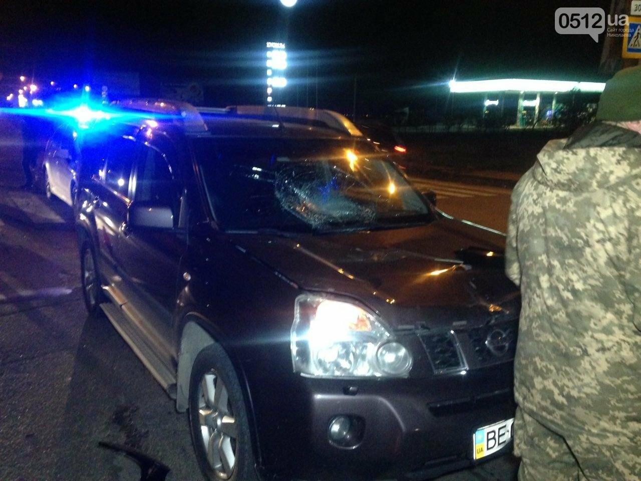 """В Николаеве на пешеходном переходе """"Ниссан"""" сбил военного - его с травмой головы госпитализировали, - ФОТО , фото-2"""