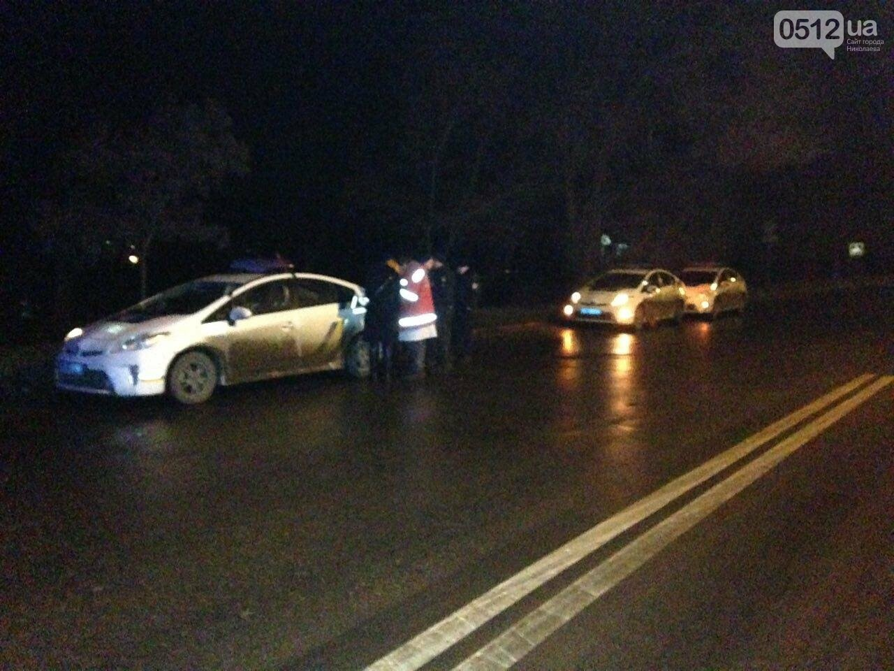 Страшное ДТП в Николаеве: 2 парня и 2 девушки на Мазде влетели в дерево - водитель умер на месте аварии, - ФОТО, фото-3