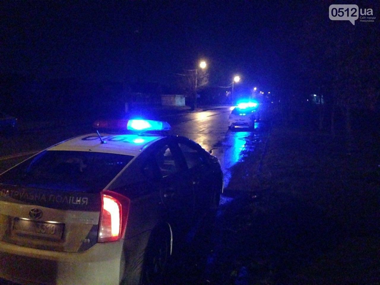 Страшное ДТП в Николаеве: 2 парня и 2 девушки на Мазде влетели в дерево - водитель умер на месте аварии, - ФОТО, фото-9