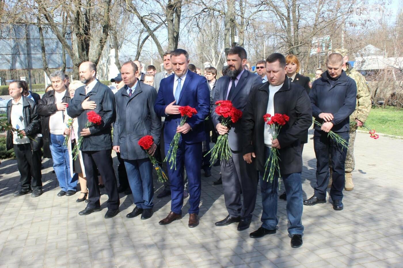 Николаевцы почтили память узников концлагерей, - ФОТО, фото-13