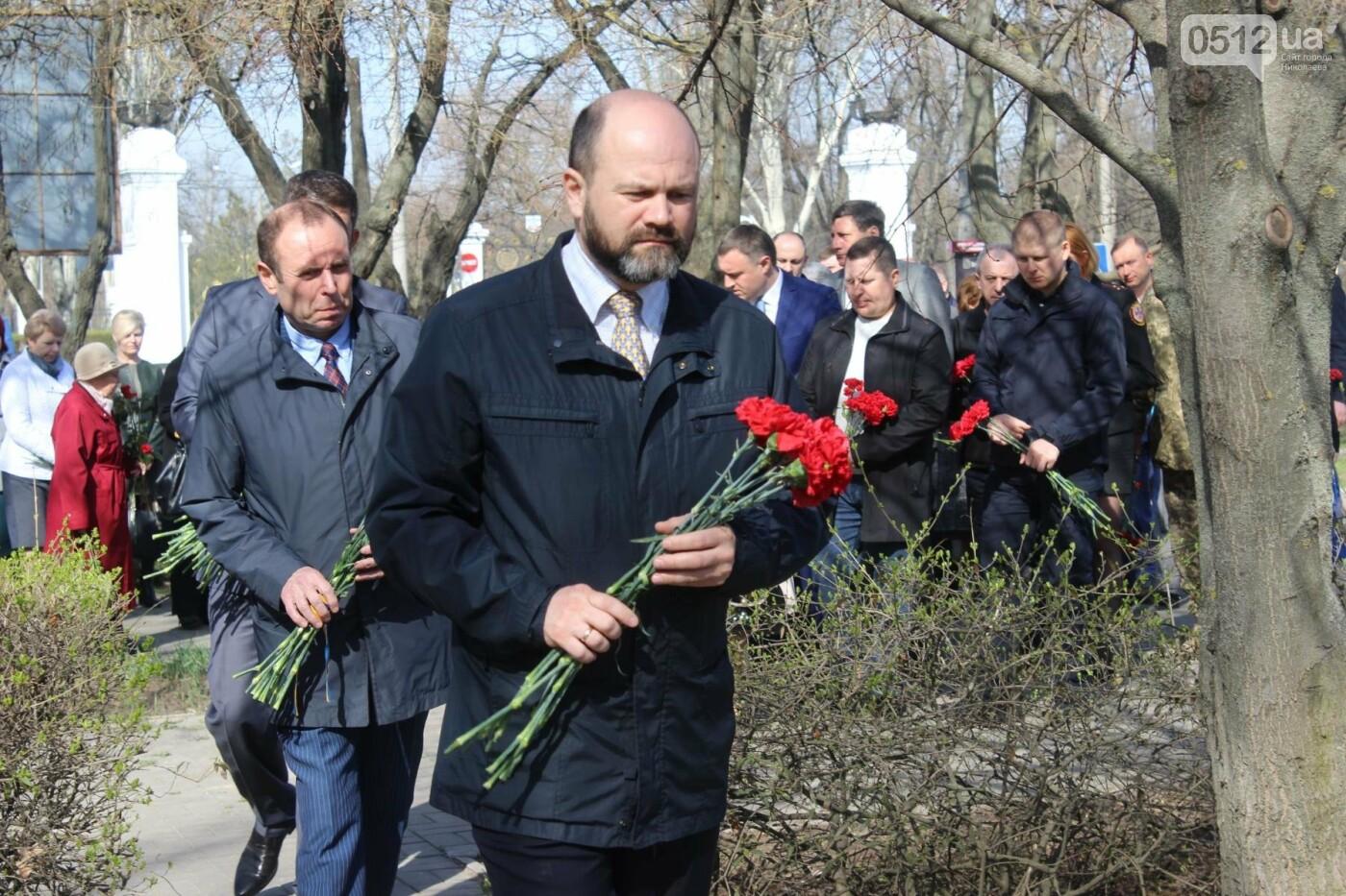 Николаевцы почтили память узников концлагерей, - ФОТО, фото-10