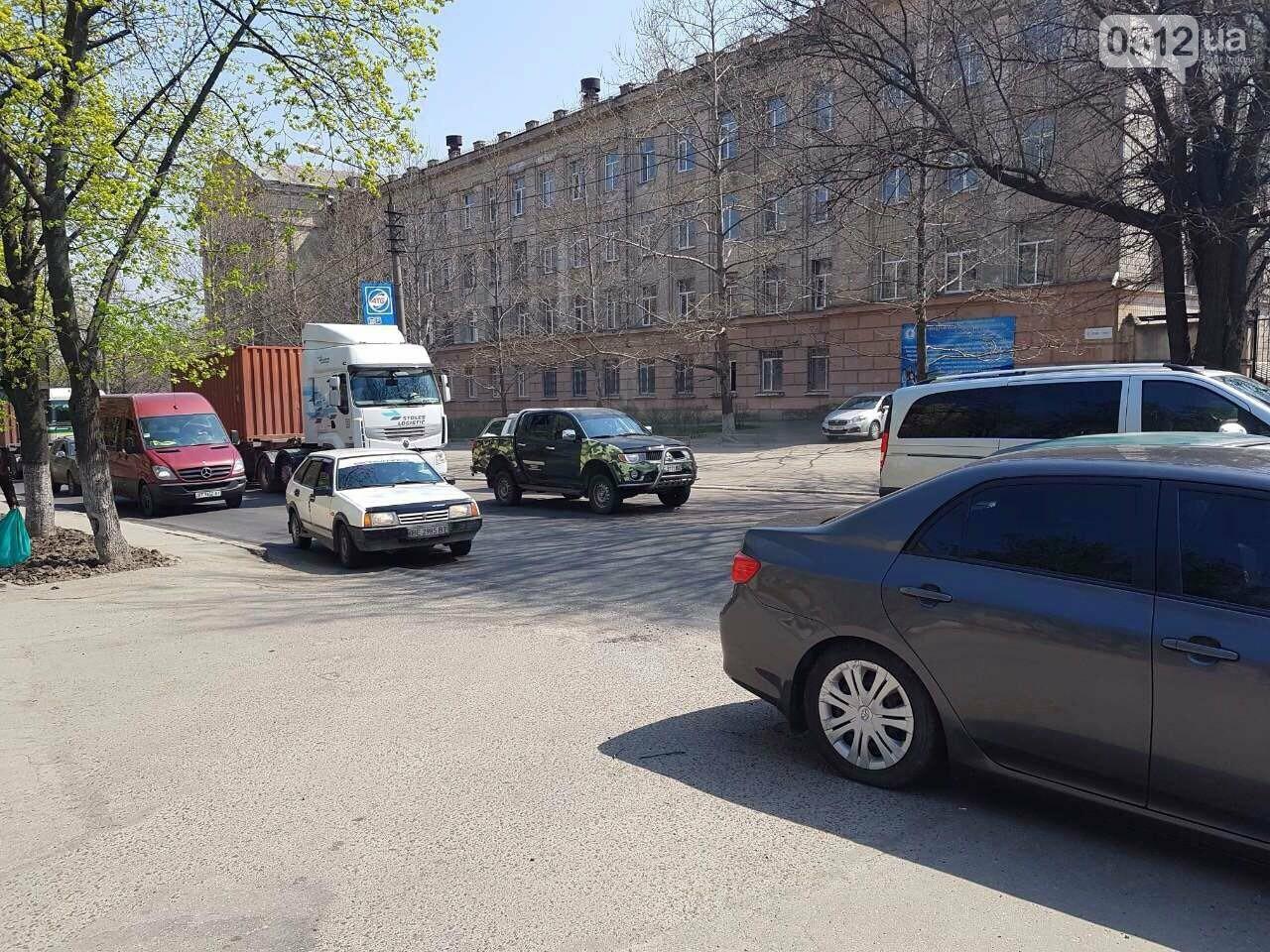 В Николаеве сломавшийся «Жигуль» создал пробку, - ФОТО, фото-1