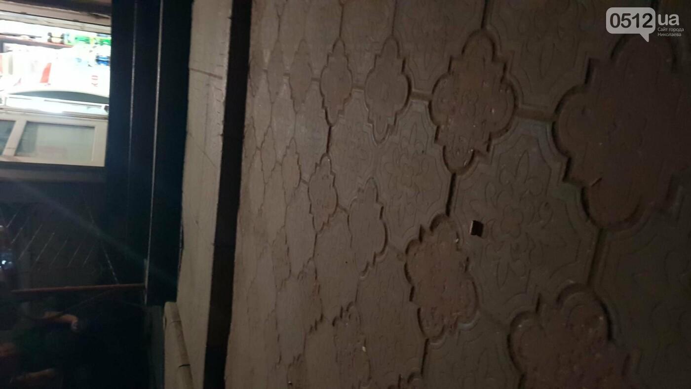 Ночью в Николаеве устроили разборки со стрельбой: есть пострадавшие, - ФОТО, ВИДЕО, фото-6