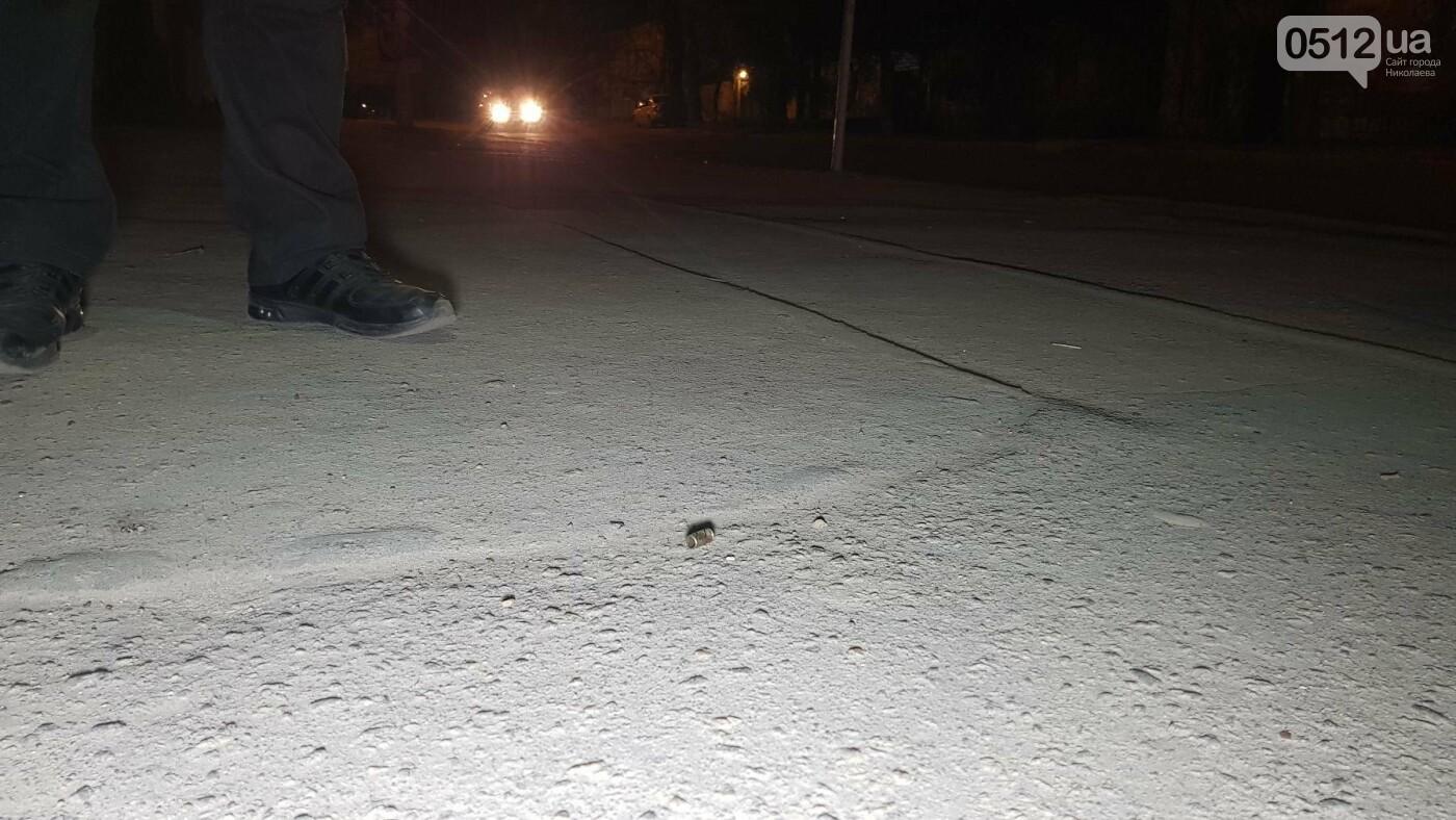 Ночью в Николаеве устроили разборки со стрельбой: есть пострадавшие, - ФОТО, ВИДЕО, фото-10