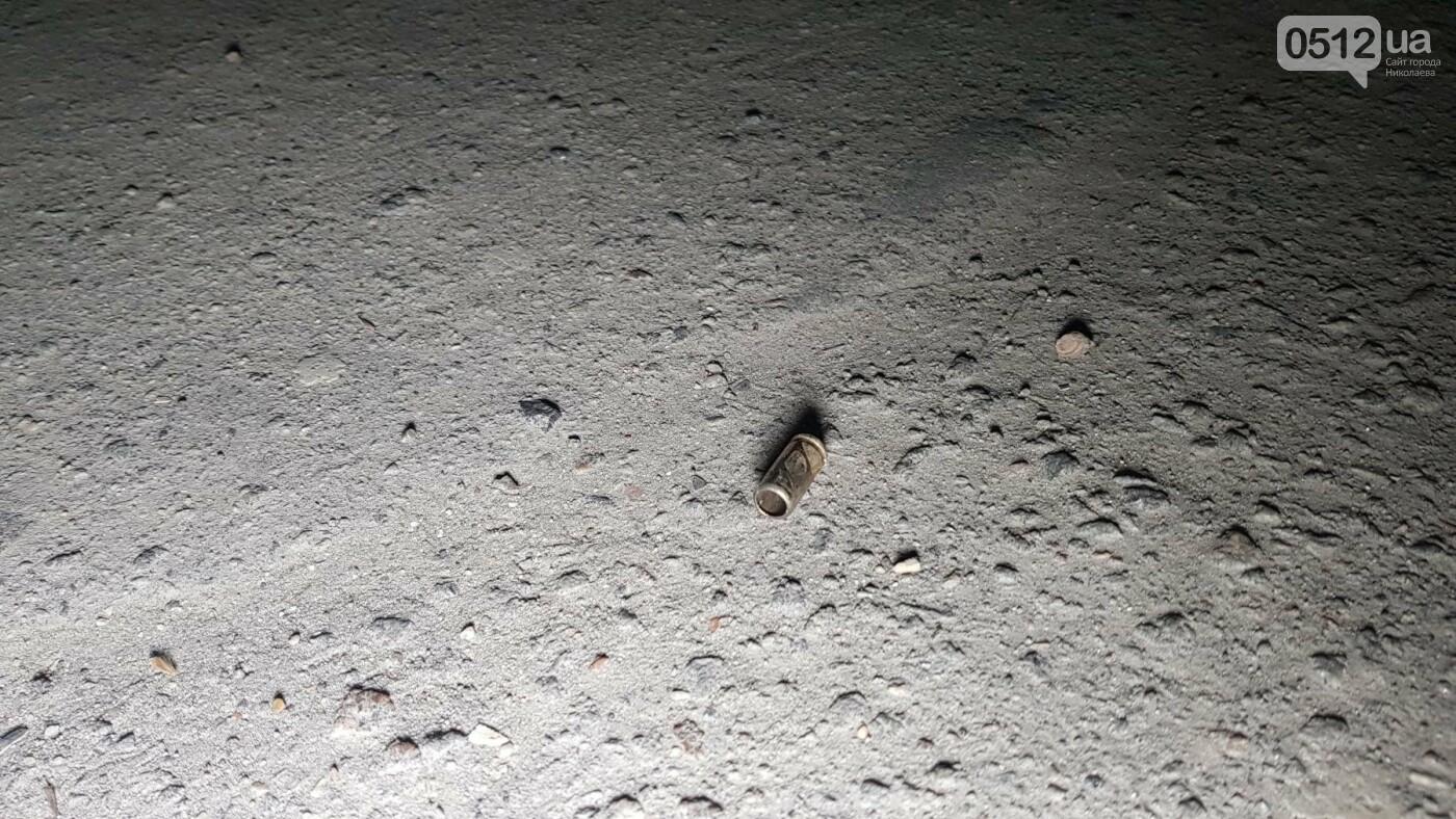 Ночью в Николаеве устроили разборки со стрельбой: есть пострадавшие, - ФОТО, ВИДЕО, фото-13