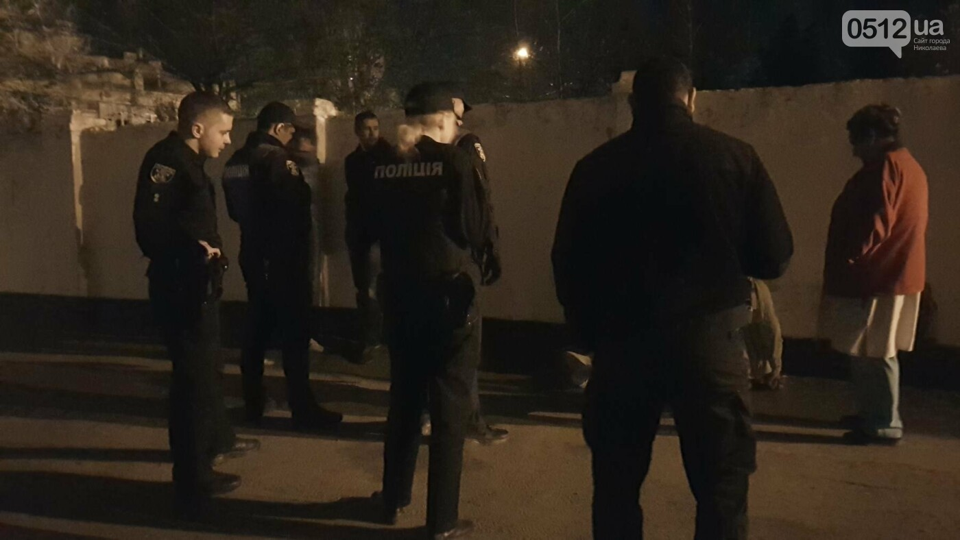 Ночью в Николаеве устроили разборки со стрельбой: есть пострадавшие, - ФОТО, ВИДЕО, фото-14