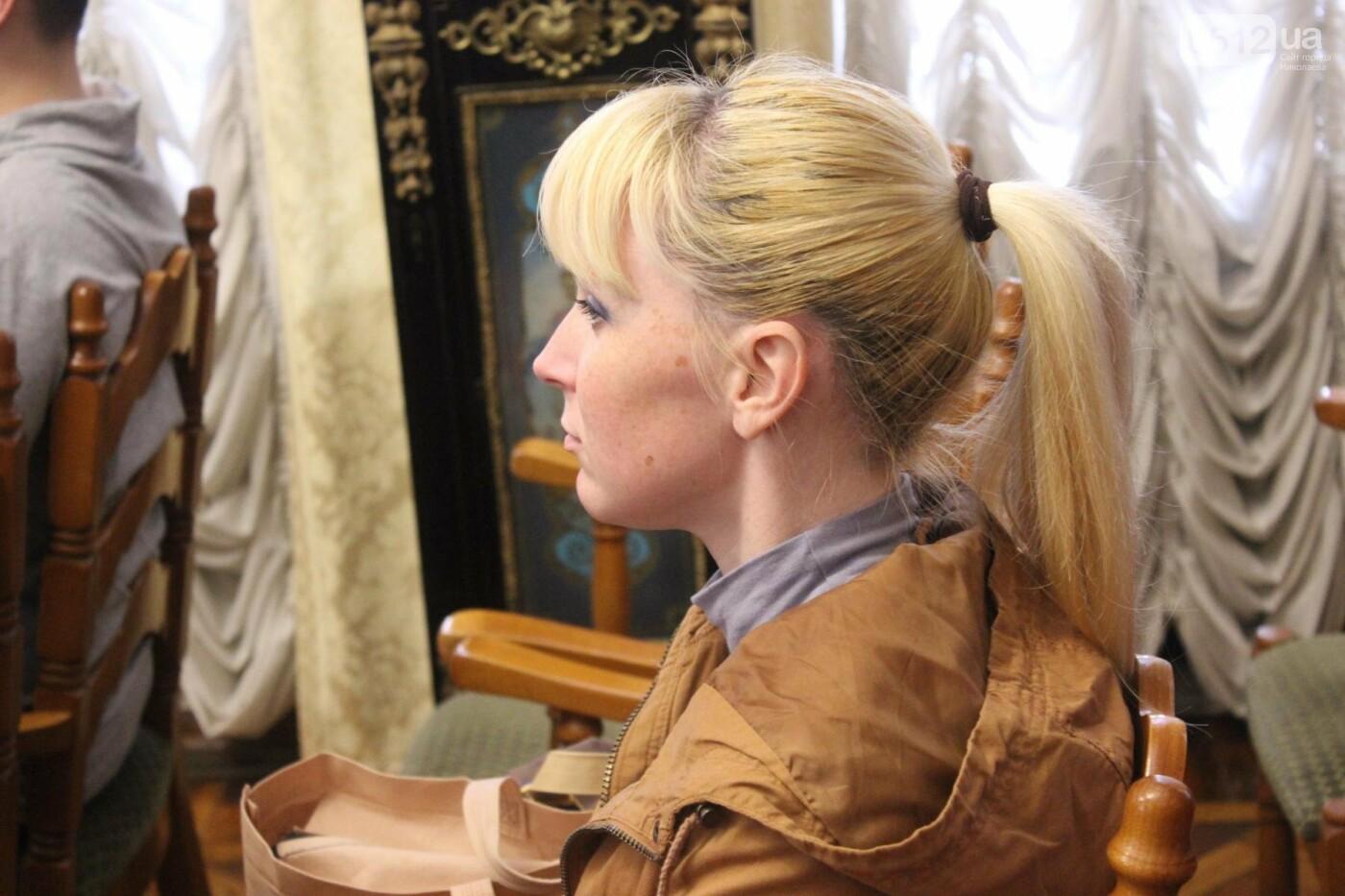 В Николаевском художественном музее рассказали, как подделывать картины, - ФОТО, фото-1