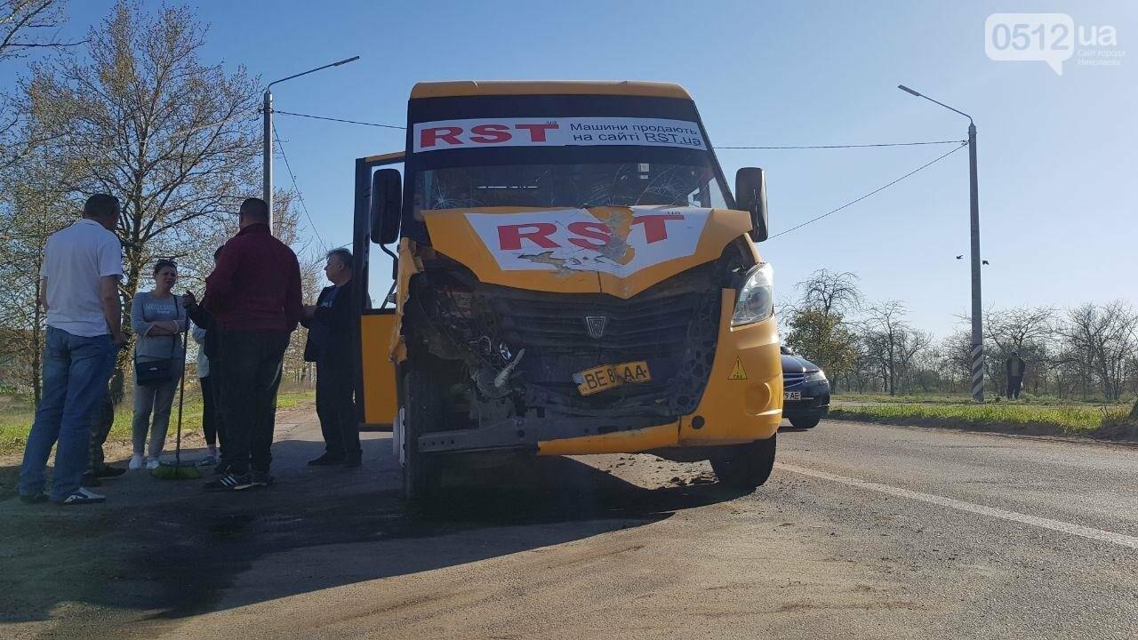 В Николаеве  столкнулись две 91 маршрутки: есть пострадавшие, - ФОТО, ВИДЕО, фото-3