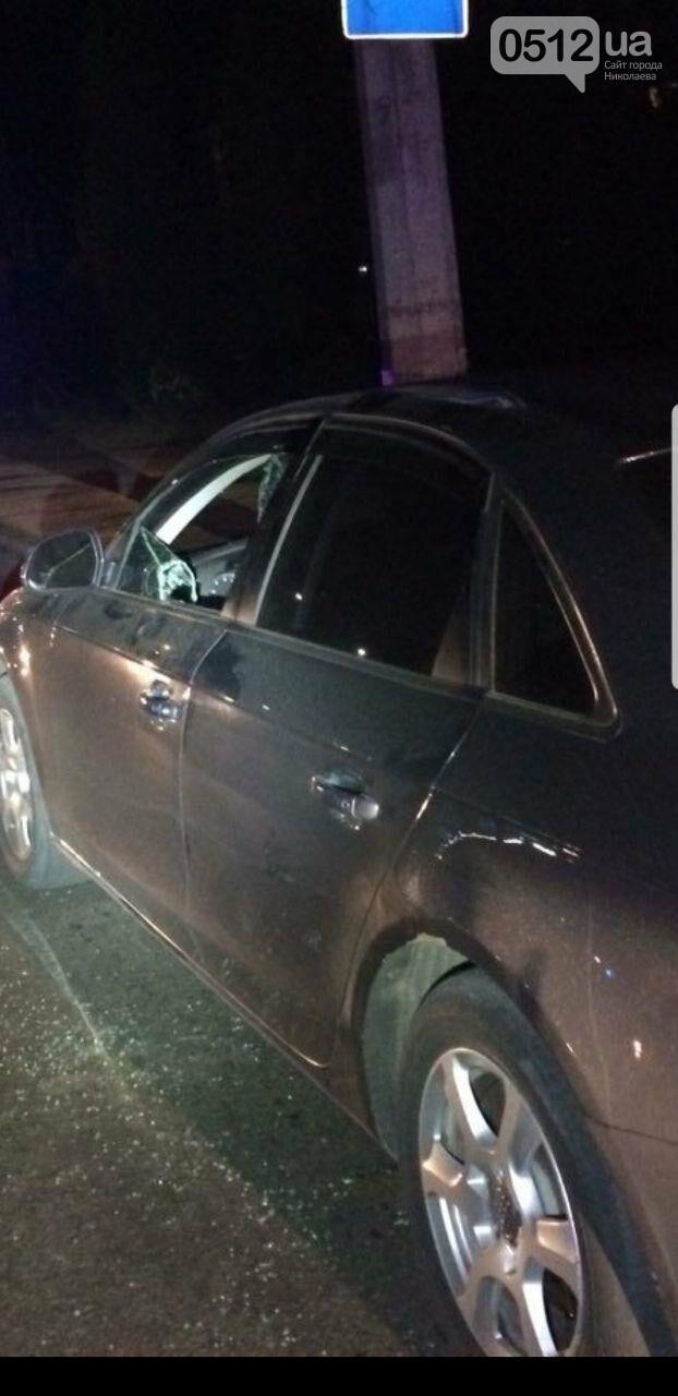 """В Николаеве патрульные вынуждены были разбить стекло """"Ауди"""", чтоб задержать пьяного водителя , - ФОТО, фото-3"""