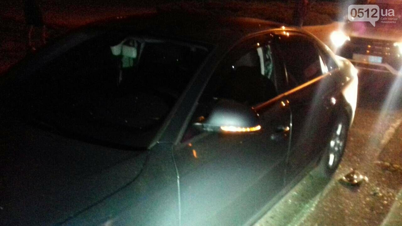 """В Николаеве патрульные вынуждены были разбить стекло """"Ауди"""", чтоб задержать пьяного водителя , - ФОТО, фото-4"""