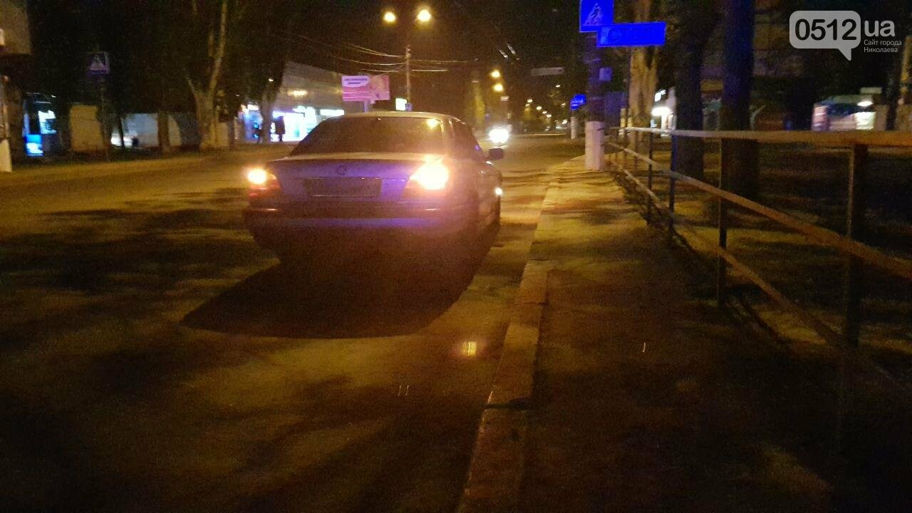 В Николаеве эвакуировали авто пьяного водителя, - ФОТО , фото-2