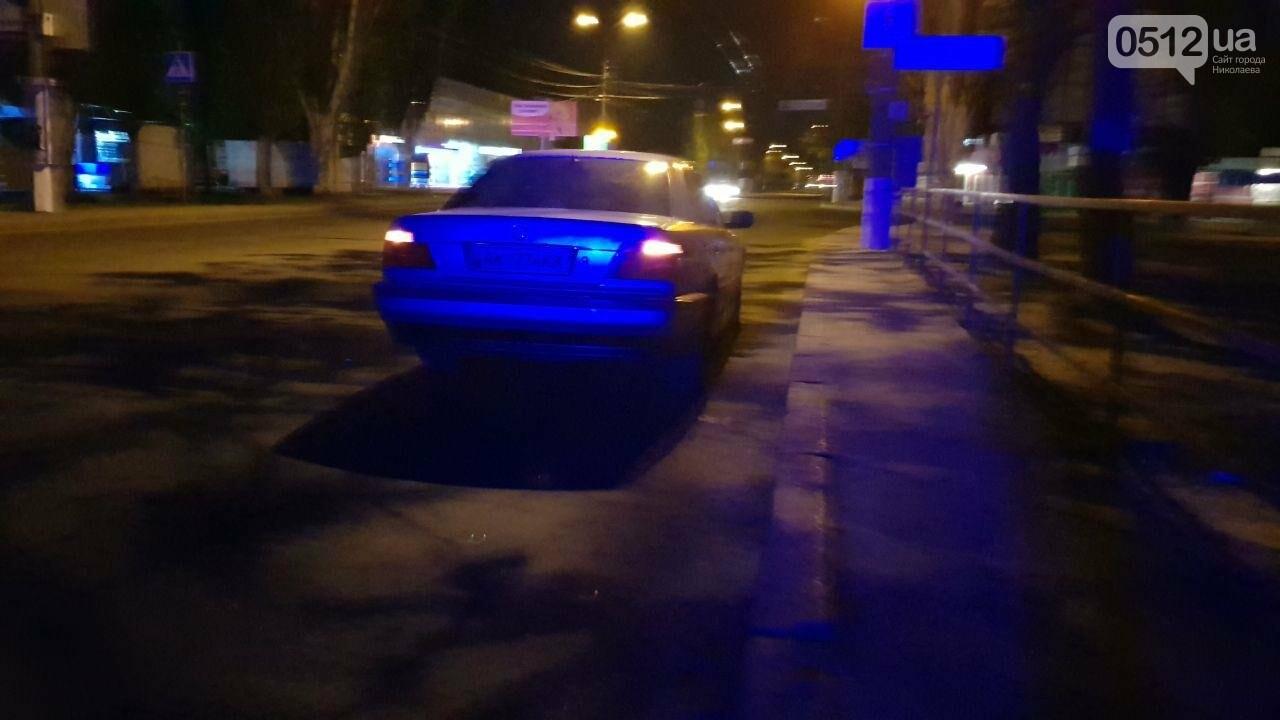 В Николаеве эвакуировали авто пьяного водителя, - ФОТО , фото-3