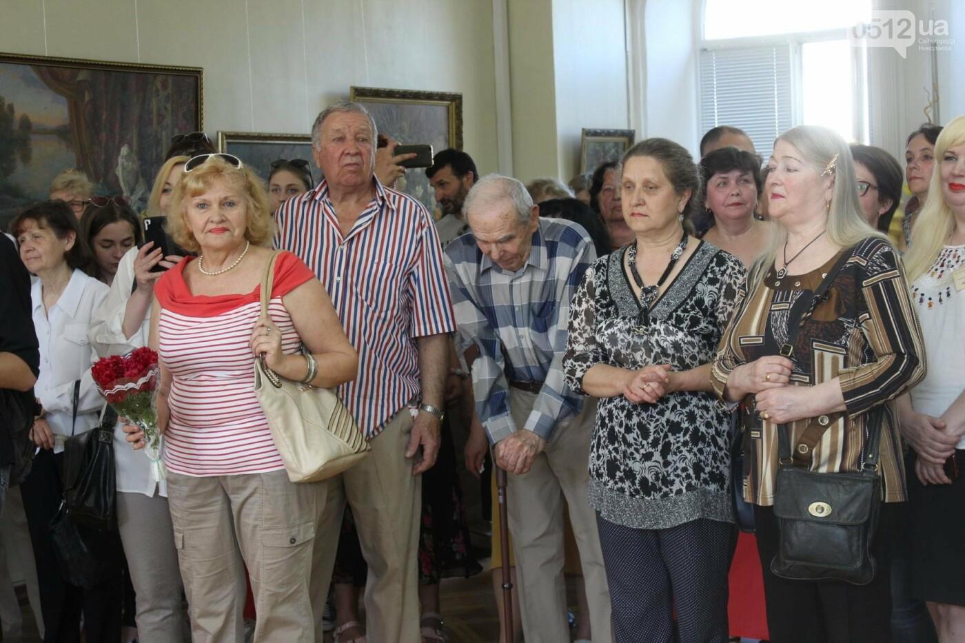 Николаевская художница Светлана Завтура презентовала свою юбилейную выставку, - ФОТО, фото-14