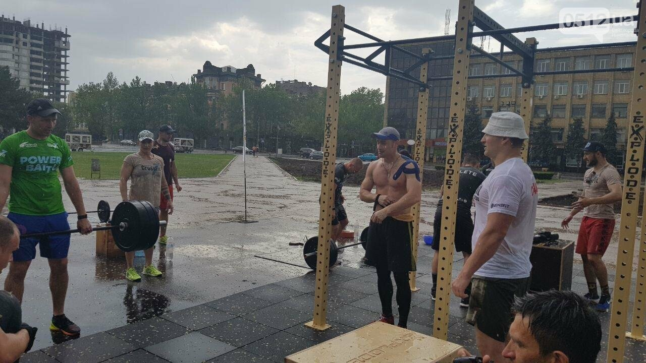 Кто сильнее: в Николаеве прошли соревнования по кроссфиту среди силовых структур, - ФОТО, ВИДЕО, фото-1