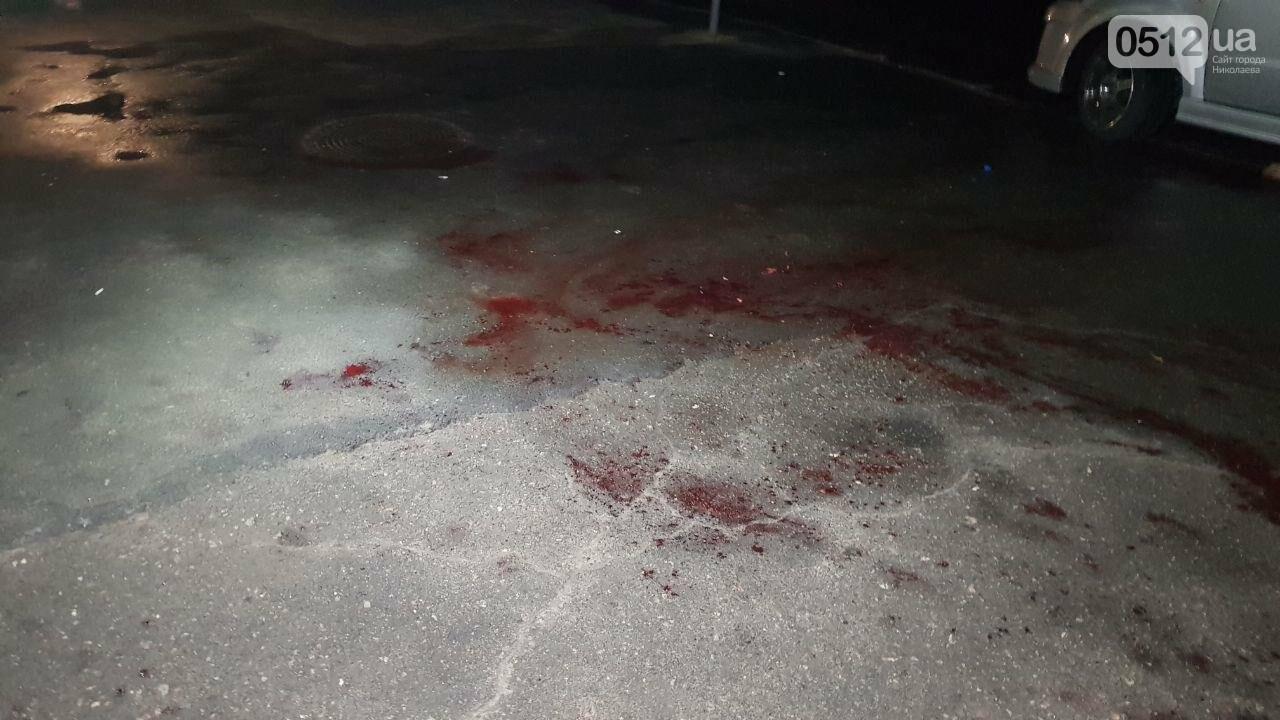 Поножовщиной закончился конфликт в Николаевском пивном баре, - ФОТО, ВИДЕО 18+, фото-2