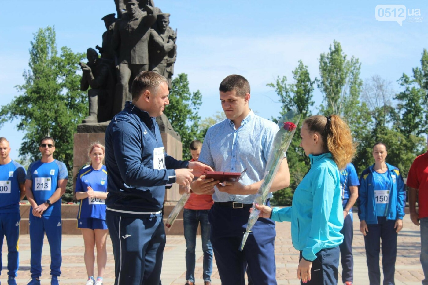 В Николаеве на день олимпийца спортсменам вручили награды и ключи от нового автобуса, - ФОТО , фото-5