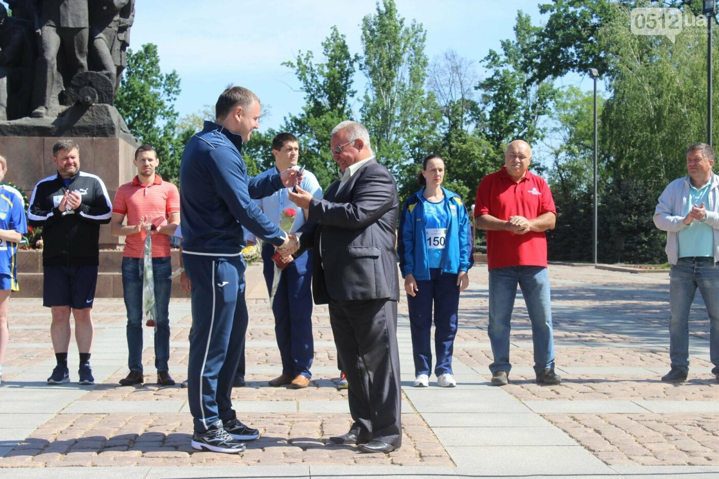 В Николаеве на день олимпийца спортсменам вручили награды и ключи от нового автобуса, - ФОТО , фото-8