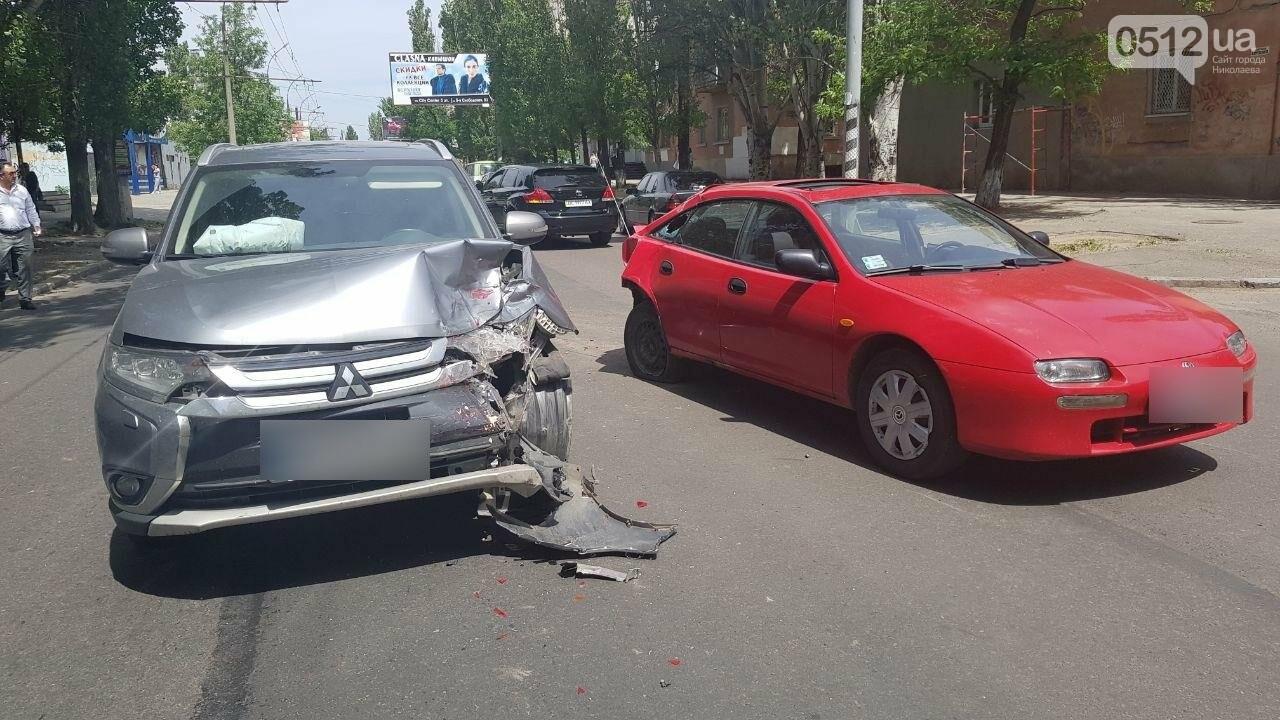 В Николаеве по пути на Намыв столкнулись две иномарки, - ФОТО, ВИДЕО, фото-3