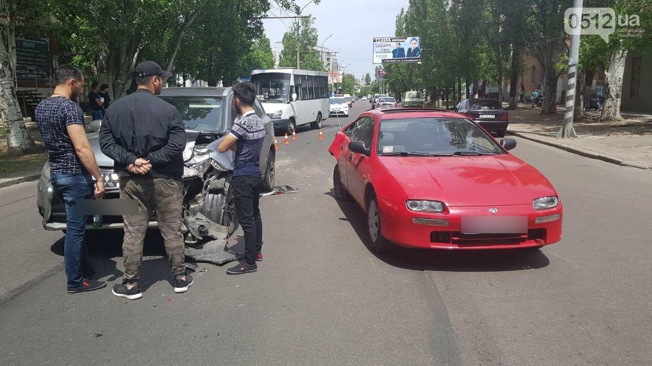 В Николаеве по пути на Намыв столкнулись две иномарки, - ФОТО, ВИДЕО, фото-7