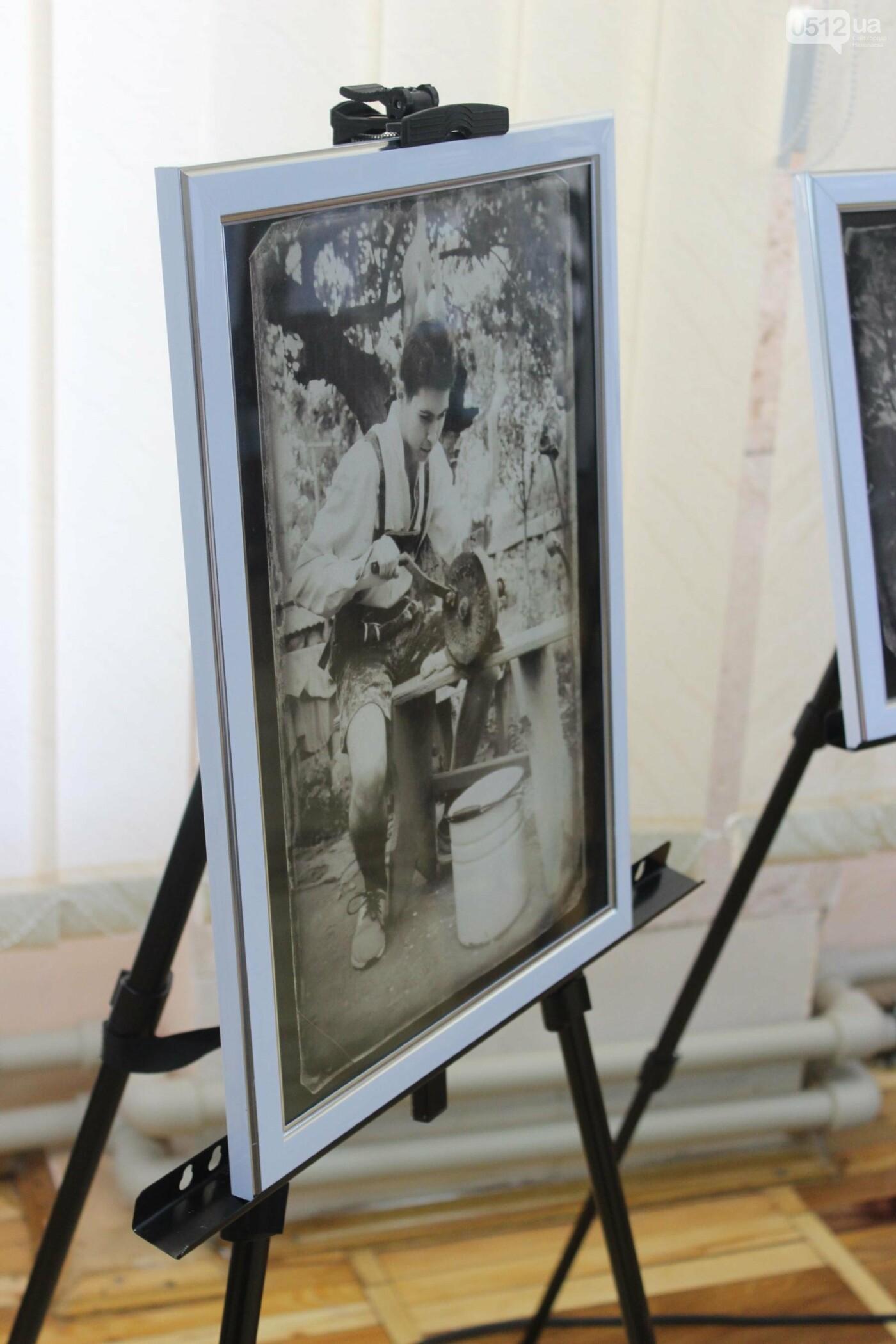 Пиво и котики: в Николаеской библиотеке состоялось литературное ревью, - ФОТО, фото-6