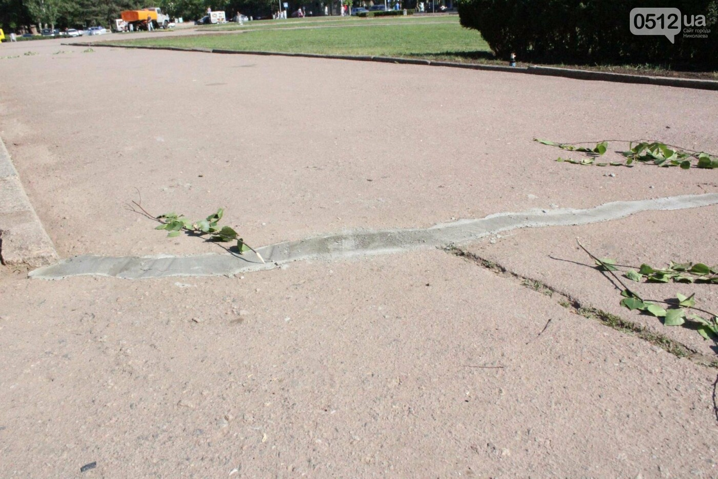 Соборную площадь в Николаеве готовят к приезду Петра Порошенко, - ФОТО, фото-4