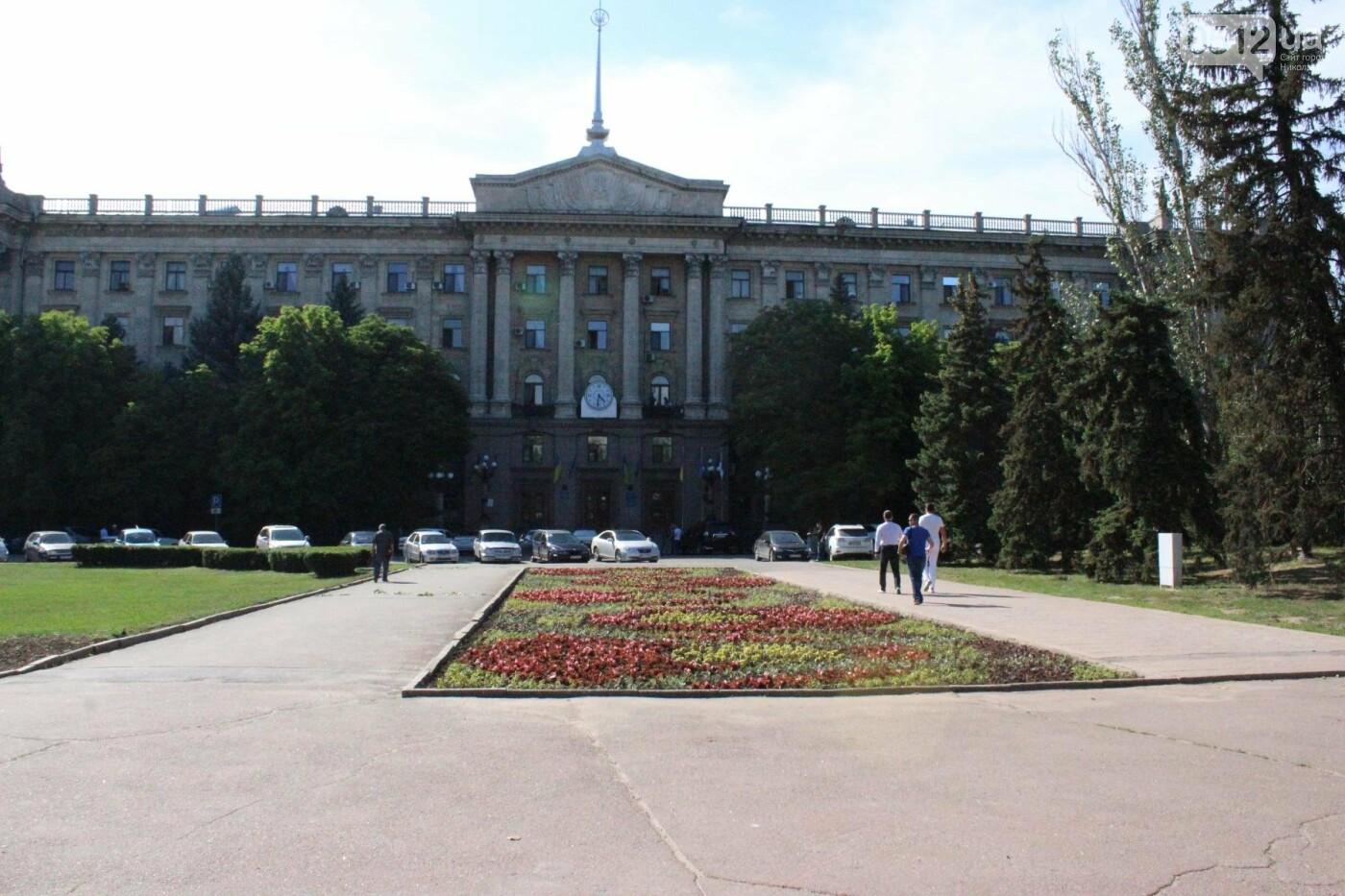 Соборную площадь в Николаеве готовят к приезду Петра Порошенко, - ФОТО, фото-1
