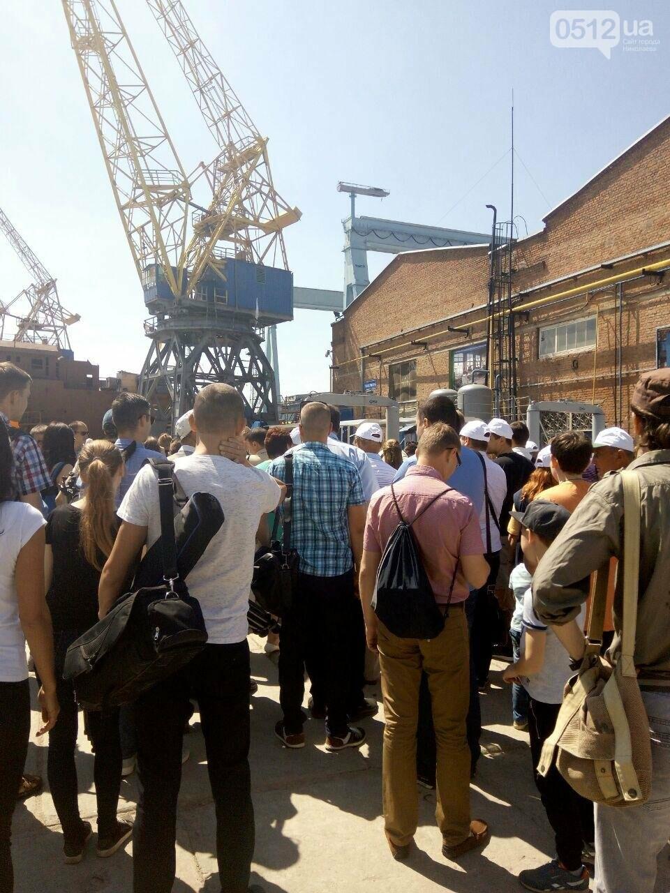 В Николаев прибыл президент Петр Порошенко, - ФОТО, ВИДЕО, фото-12