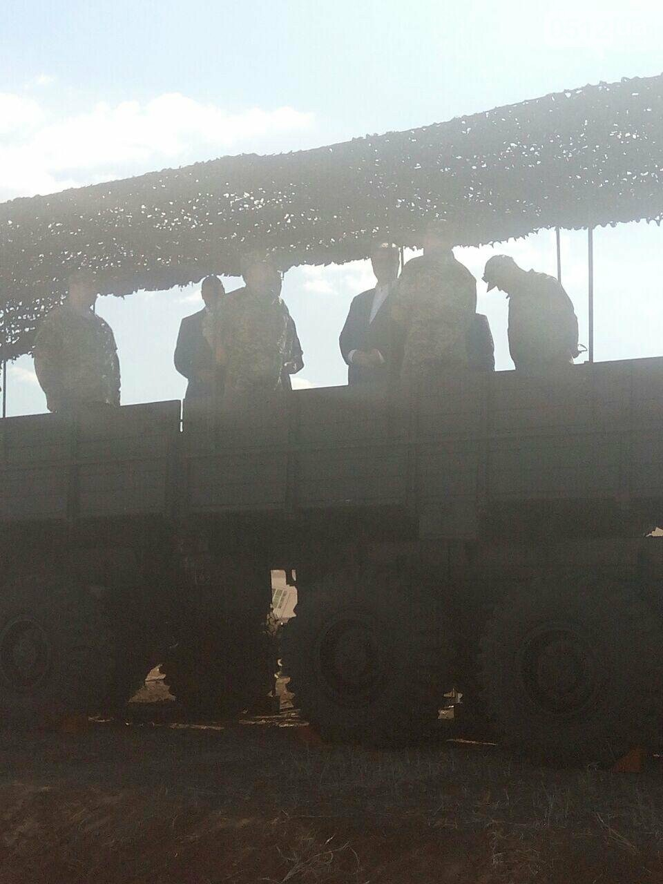 В Николаев прибыл президент Петр Порошенко, - ФОТО, ВИДЕО, фото-1