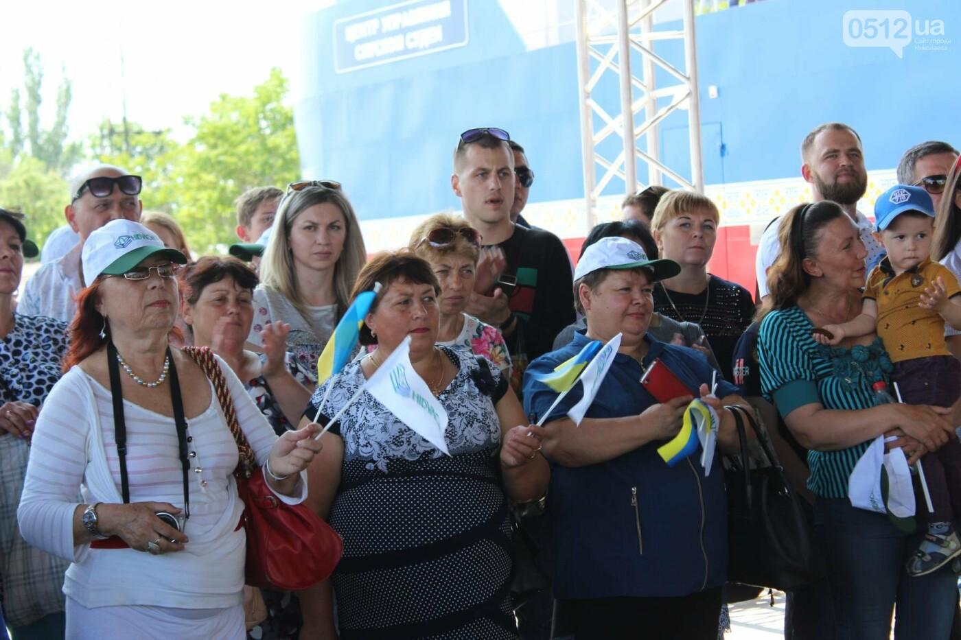 Порошенко в Николаеве подписал ряд важных законопроектов, - ФОТО, фото-10