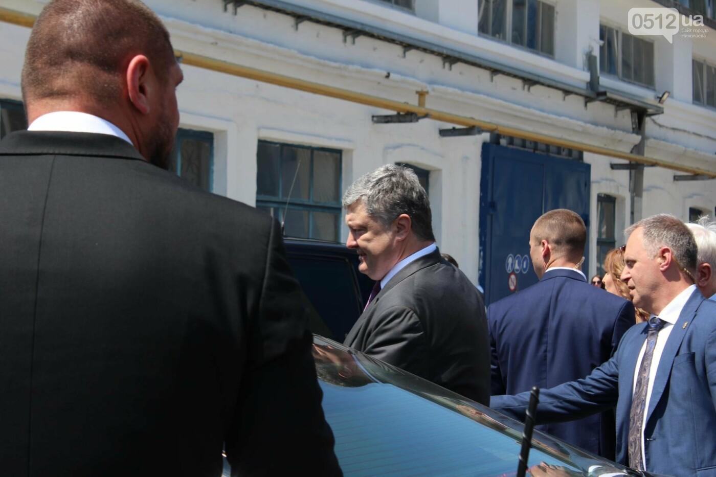 Порошенко в Николаеве подписал ряд важных законопроектов, - ФОТО, фото-14