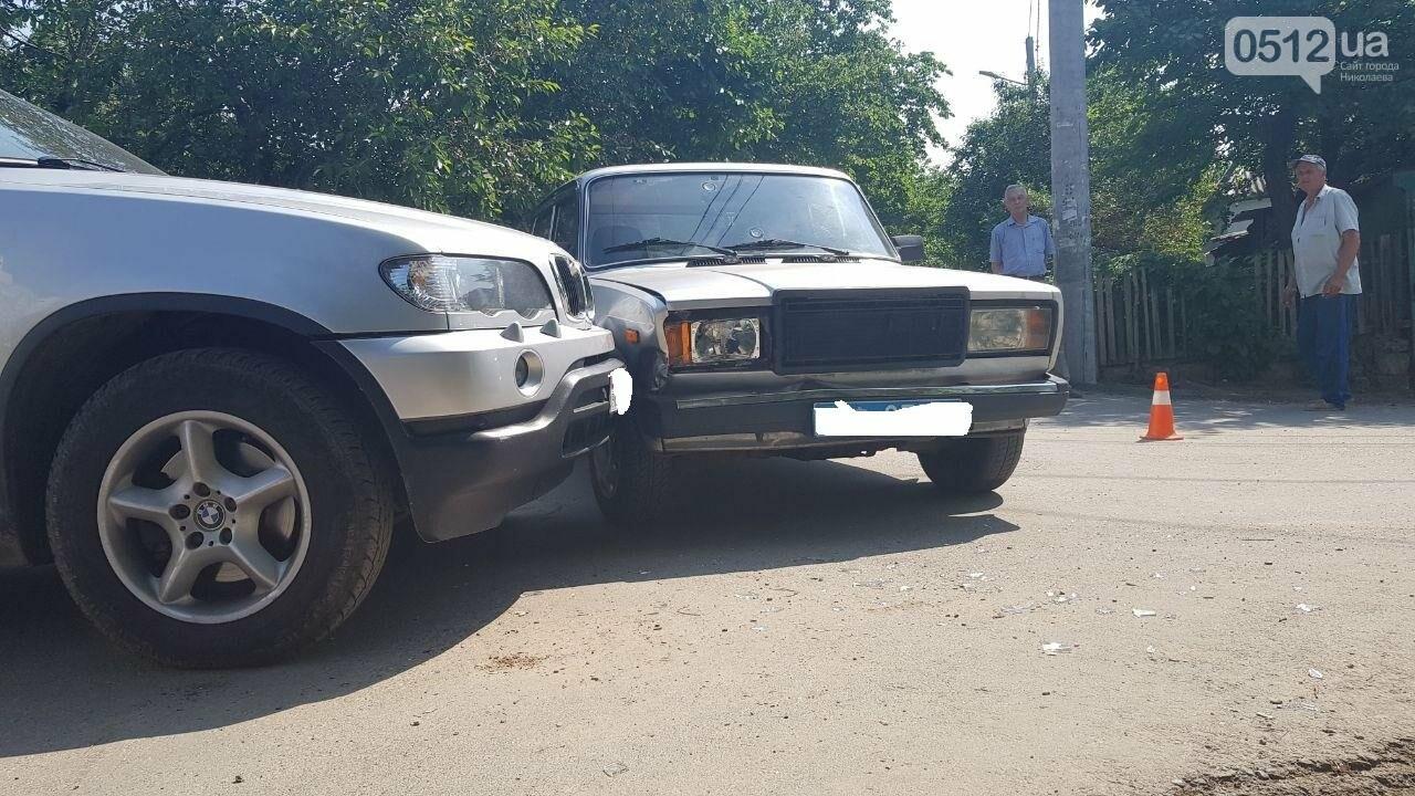 """В Николаеве не поделили дорогу полицейский автомобиль УМВД и """"БМВ"""", - ФОТО, фото-7"""