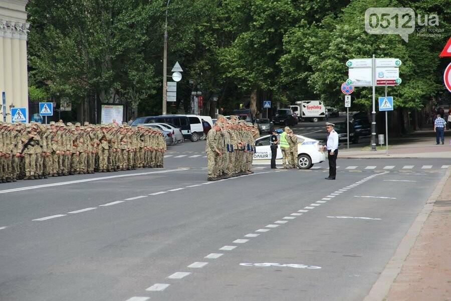 """""""Торжественно клянусь"""": в Николаеве около 300 военнослужащих приняли присягу, - ФОТОРЕПОРТАЖ, фото-2"""