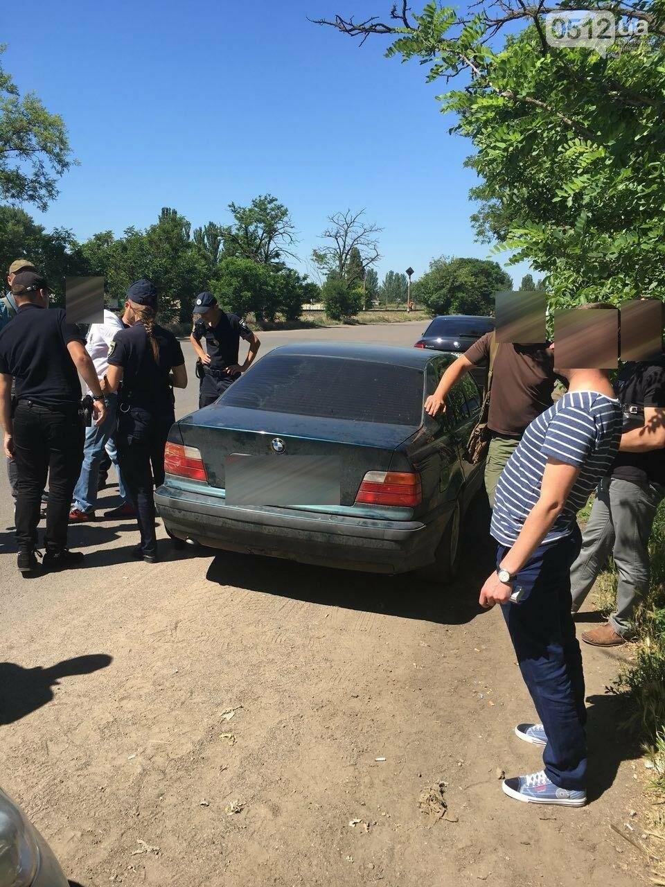 В Николаеве остановили пьяного водителя BMW с ножом, - ФОТО, фото-4