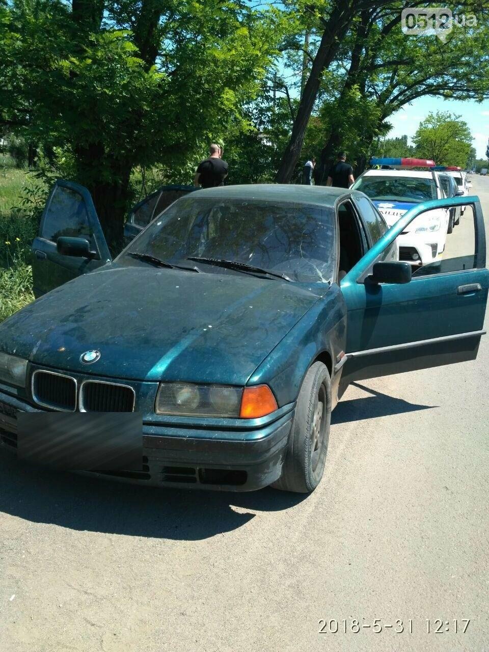 В Николаеве остановили пьяного водителя BMW с ножом, - ФОТО, фото-3